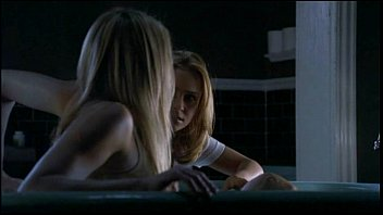 Ali Larter in Varisty Blues