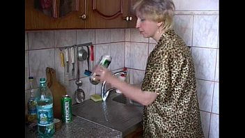 Young German Girl Fuck in the Kitchen